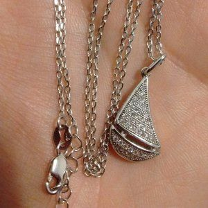 Sterling Silver Glistening Sailboat Necklace